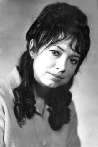 Борзенко Валентина Андреевна, служащая