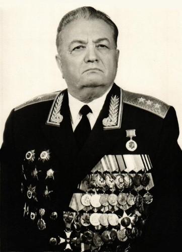 Буков Александр Иванович, генерал-полковник, личный номер А-167608.