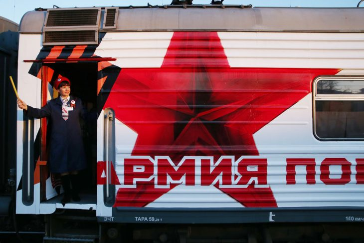 В обмен на воинские перевозочные документы в кассе выдадут билет на поезд, самолет, другой транспорт. Фото: Станислав Красильников/ ТАСС